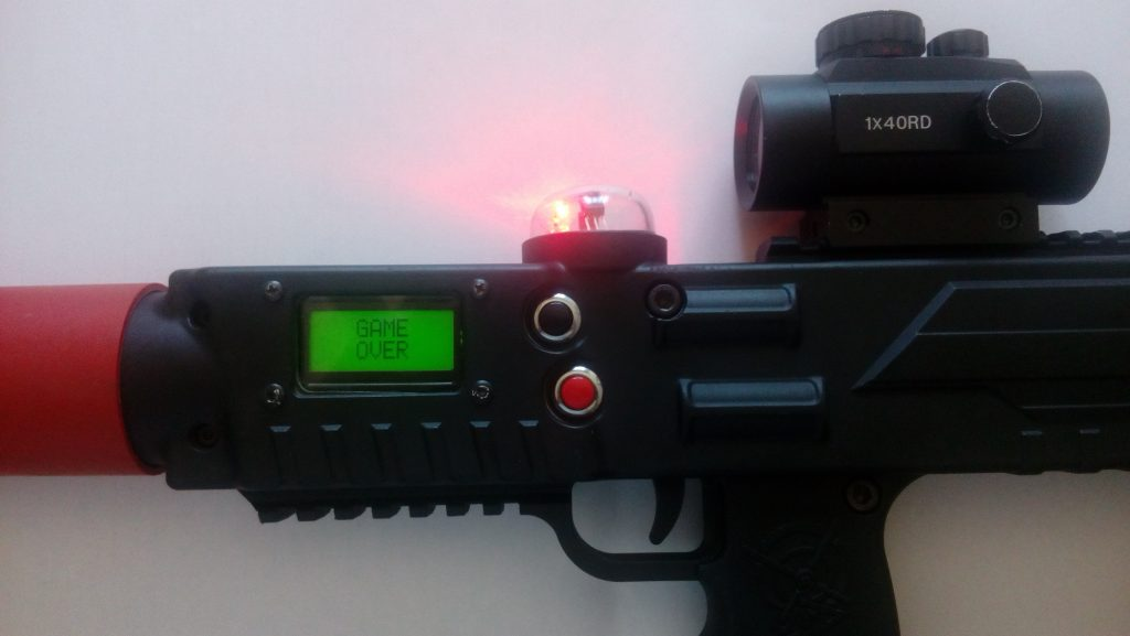 Una pistola Laser Combat Power